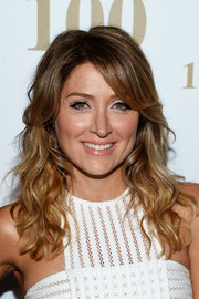 Sasha Alexander flaunted a perfectly styled wavy 'do with side-swept bangs at the 'Rizzoli and Isles' 100 episode celebration.