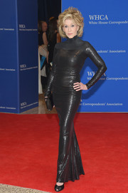 Jane Fonda looked ageless in a sequined black turtleneck gown by Donna Karan at the White House Correspondents' Association Dinner.