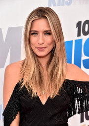 Renee Bargh worked a trendy layered cut during KIIS FM's Wango Tango 2016.