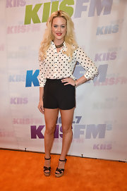 A pair of black dress shorts gave Peta a sleek but still fun look at the Wango Tango red carpet.