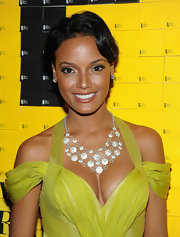 Selita Ebanks has some serious bling!  Her diamond necklace looks stunning with this J Mendel gown.