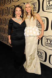 Aviva Drescher attended the 10th Annual TV Land Awards wearing a simple yet gorgeous peplum floor-length gown.