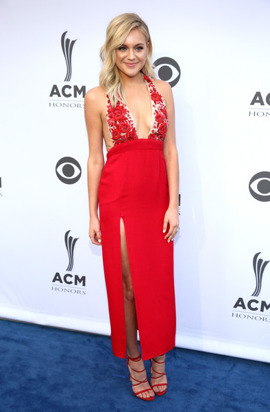 Look of the Day: August 24th, Kelsea Ballerini