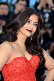 Aishwarya Rai looked lovely with her cascading curls at the Cannes Film Festival screening of '120 Beats Per Minute.'