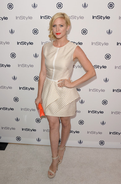 More Pics of Brittany Snow Short Wavy Cut (3 of 14) - Brittany Snow Lookbook - StyleBistro