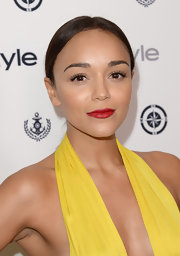 Ashley's red lips popped when paired with her stunning yellow ensemble.
