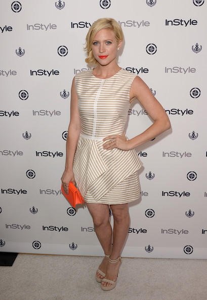 More Pics of Brittany Snow Short Wavy Cut (4 of 14) - Brittany Snow Lookbook - StyleBistro