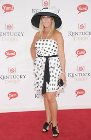 Vicki Gunvalson wore a black-and-white polka-dot dress to the Kentucky Derby.