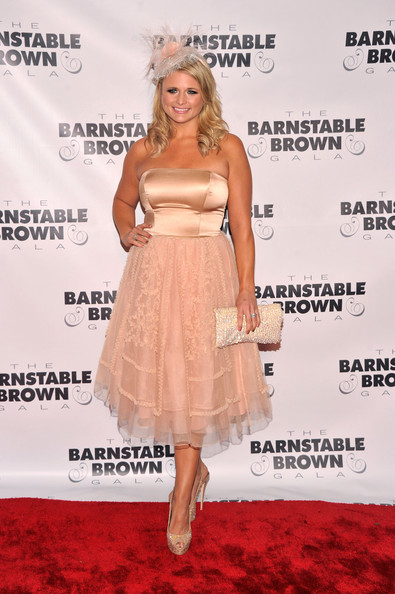 More Pics of Miranda Lambert Strapless Dress (1 of 4) - Miranda Lambert Lookbook - StyleBistro