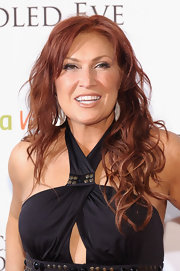 Jo Dee Messina sported an edgy-glam curly 'do at the Kentucky Derby Unbridled Eve Gala.
