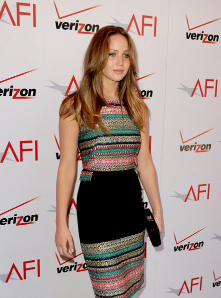 More Pics of Jennifer Lawrence Long Wavy Cut (7 of 8) - Long Wavy Cut Lookbook - StyleBistro