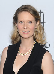Cynthia Nixon wore her hair in a pretty half-up, half-down style at the 15th Annual Ace Awards.