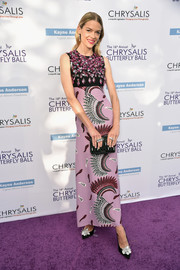 Jaime King sealed off her outfit with a pair of embellished pumps by Nicholas Kirkwood.