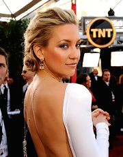 The beautiful Kate hudson showed off an elegant hair style at the SAG Awards. Her pinned up ringlets were a nice choice for her plunging backless dress.