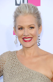 Penelope Ann Miller wore a pair of stunning diamond drop earrings at the 17th Annual Critics' Choice Movie Awards.