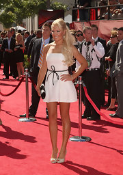 Natalie Gulbis stunned the crowd at the ESPY Awards in this white mini strapless dress.