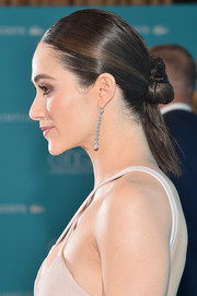 Emmy Rossum's twisted bun-slash-ponytail at the Costume Designers Guild Awards had an edgy-glam feel.