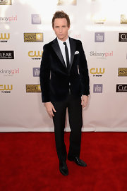 A slim-fit velvet tuxedo looked dashing on Eddie Redmayne at the Critics' Choice Movie Awards.
