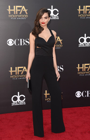 More Pics of Emily Ratajkowski Statement Ring (8 of 23) - Decorative Rings Lookbook - StyleBistro [clothing,red carpet,carpet,dress,shoulder,premiere,waist,fashion,flooring,joint,the palladium,hollywood,california,18th annual hollywood film awards,emily ratajkowski]