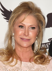 Kathy Hilton wore her hair in a tousled half-up half-down style at the Race to Erase MS gala.