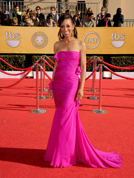 http://www3.pictures.stylebistro.com/gi/18th+Annual+Screen+Actors+Guild+Awards+Arrivals+vUSd-vSWSGXl.jpg