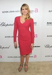Lucy Punch looked downright lovely in a textured pink sweater dress at the Elton John AIDS Foundation Oscar viewing party.