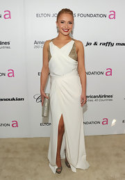 Hayden Panettiere's white Oscar party gown revealed pewter Vita platforms.
