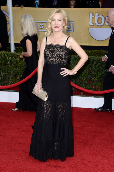 Angela Kinsey Wore a Black Lace Tadashi Shoji Gown at the 2013 SAG Awards