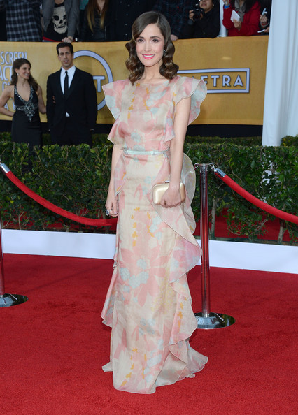 More Pics of Rose Byrne Evening Dress (7 of 16) - Rose Byrne Lookbook - StyleBistro