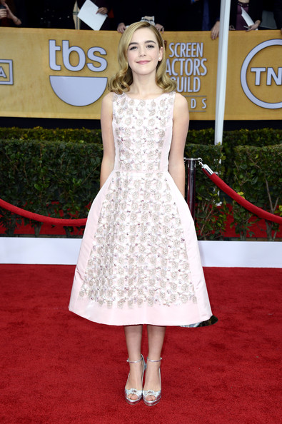 Kiernan Shipka Wears a Classic Silhouette at the 2013 SAG Awards
