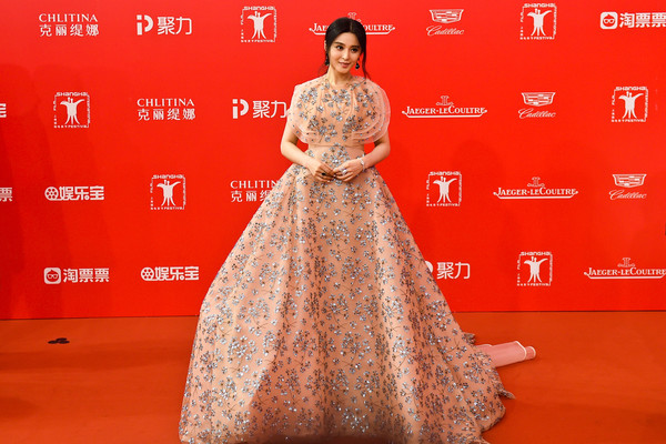 Fan Bingbing took our breath away with this Delpozo beaded princess gown she wore to the Shanghai International Film Festival opening.