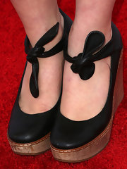Carson Moyer wore a charming pair of black wedge pumps to the Children Mending Hearts Style Sunday.