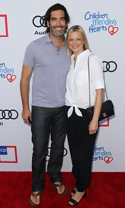 Amy Smart opted for a menswear-inspired look with this white button-down and black slacks combo at the Children Mending Hearts Style Sunday.