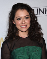 Tatiana Maslany looked very girly with her tight curls at the Marie Claire Young Women's Honors.