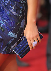 Ms. Alicia decked her self out for the American Music Awards in a beaded embellished blue dress. She perfectly matched her dress to a crystal inlaid blue clutch, which really made her dress pop.