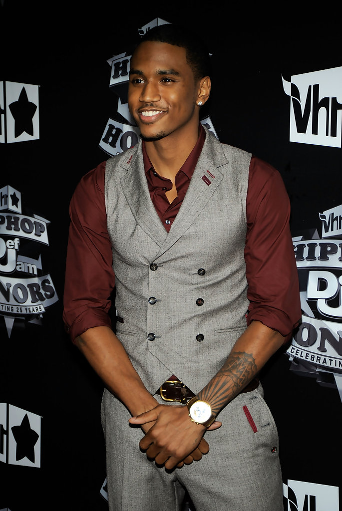 More Pics Of Trey Songz Lettering Tattoo (1 Of 4)