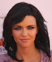 Ruby Rose completed her stunning look with a swipe of deep purple eyeshadow, which perfectly lined her lower lash line.