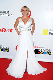 The way the fabric flowed on Aylin Mujica's gown gave her a glamourous yet ethereal look.