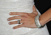 Heather showed off her diamond bracelet while hitting the red carpet at the Breakthrough Awards.