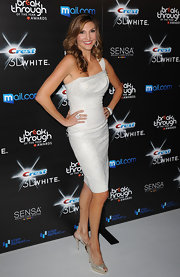 Heather looked elegant in a one-shouldered cocktail dress with sparkling, peep toe slingbacks.