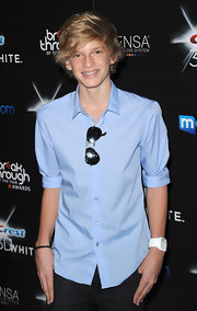 Cody showed off his classic aviator shades while walking the red carpet at the Breakthrough Awards.