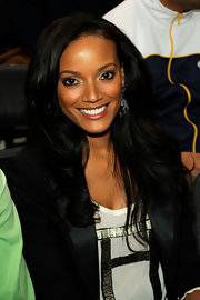 Selita showed off her long cascading curls while attending the National Game at Madison Square Garden.