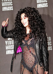 Cher showed off her voluminous ringlet curls while making a show stopping appearance at the MTV VMA's.