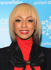 Keri Hilson recently took the plunge and opted for a radiant blond hue. The singer added some dimension to her look with a darker shade of brown underneath.
