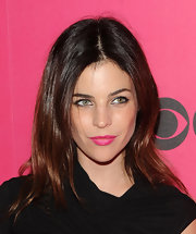 Julia Restoin-Roitfeld looked gorgeous with her center-parted layered cut.