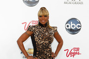 Singer Mary J. Blige arrives at the 2011 Billboard Music Awards at the MGM Grand Garden Arena May 22, 2011 in Las Vegas, Nevada.