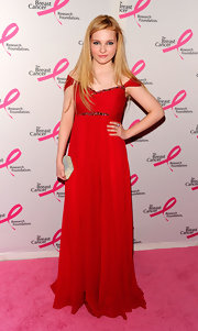 Abigail looked all grown up in an elegant off-the-shoulder evening gown in a dramatic scarlet red.