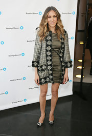Sarah Jessica Parker attended the Brooklyn Artists Ball in black satin Hangisi heels with jeweled brooches.