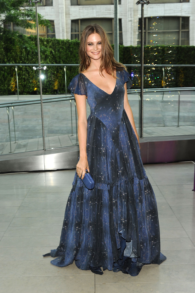 Behati Prinsloo attends the 2011 CFDA Fashion Awards at Alice Tully Hall, Lincoln Center on June 6, 2011 in New York City.