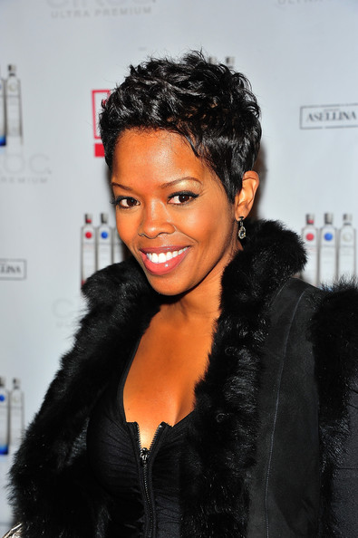 Malinda williams short hair